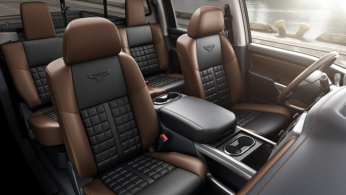 2016-nissan-titan-xd-interior-view-heated-cooling-seats